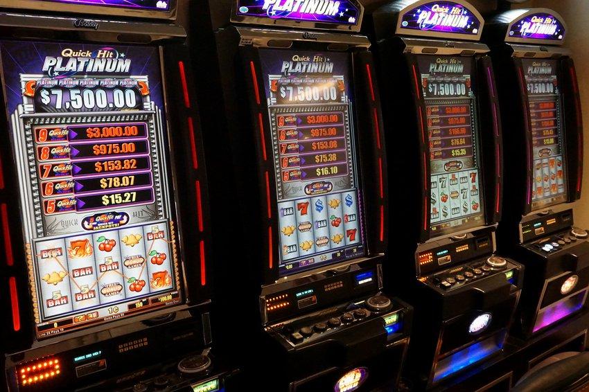 Грех ли играть в игровые автоматы формула 1 в игровых автоматах